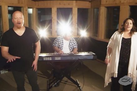 """Selah's """"People of the Cross"""" Is a Heartfelt Song for the Persecuted Church"""